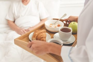 Lời khuyên của các chuyên gia dinh dưỡng dành cho bệnh nhân ung thư