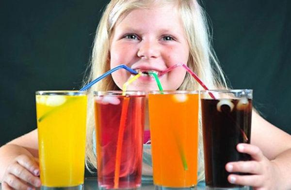 Nguy cơ gan nhiễm mỡ ở trẻ em do uống nước ngọt