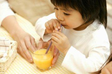 Nước ép trái cây làm trẻ béo phì ?