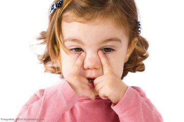 Sơ cứu chấn thương mắt
