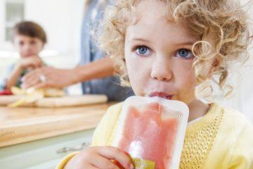 Đừng lạm dụng túi đựng thức ăn cho trẻ