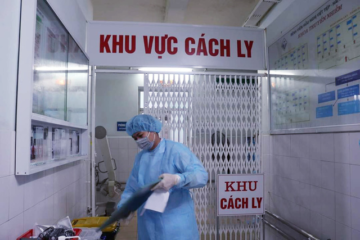 2 cán bộ y tế tại bệnh viên Bạch Mai nhiễm Covid -19