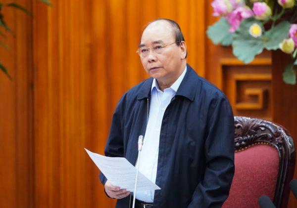 Thủ tướng Nguyễn Xuân Phúc yêu cầu cách ly toàn xã hội